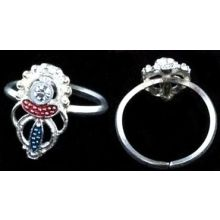 Beautiful Ring with Rhinestones - Adjustable in Size / For Fingers and Toes